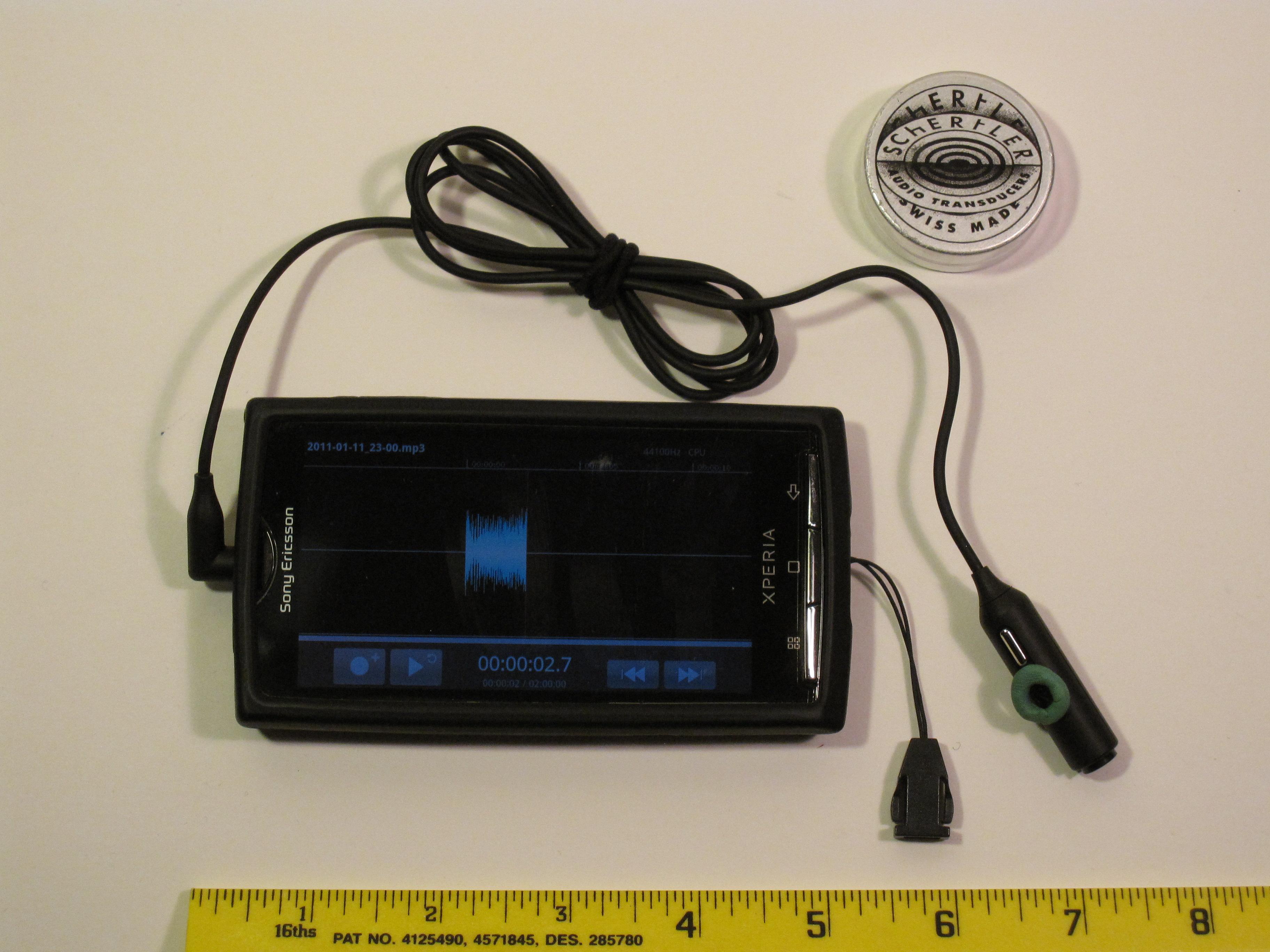 Xperia X10 running Samalyse' Tape Machine