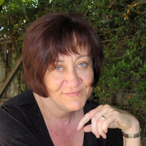 wikiGong crew: Rebecca Ayer photo