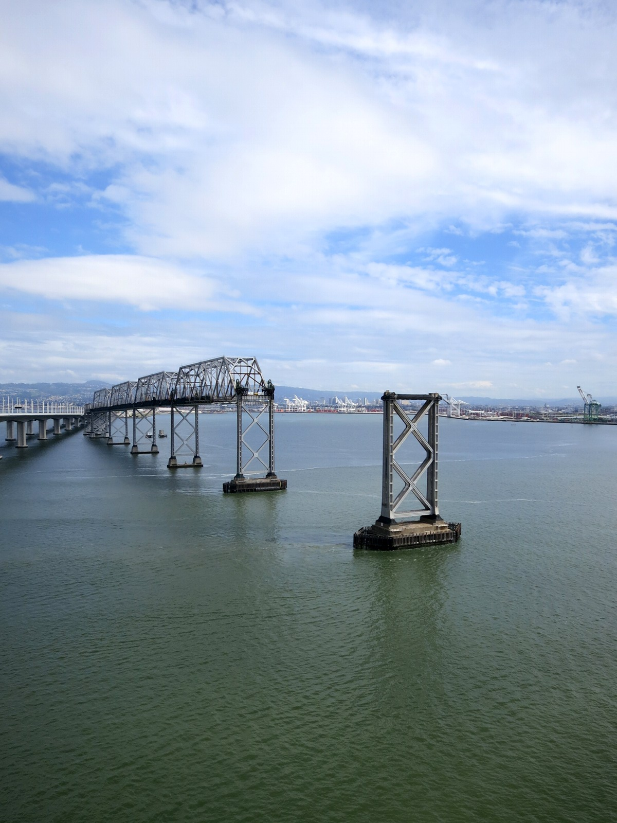 SFOBB_Old_Span_In_Winter_1200_A